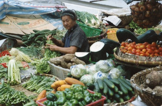 HK street vegetable market